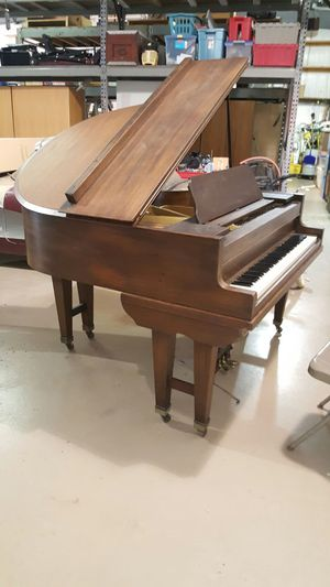 Antique baby grand piano for Sale in Charlotte, NC