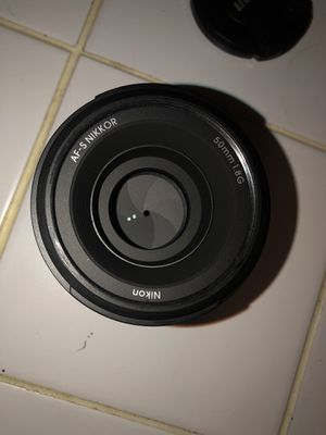 Nikon 50mm 1.8G AF-S Lens with polarizer for Sale in Hewlett, NY