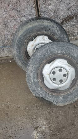 205/70/15 tires for Sale in Roaming Shores,  OH