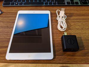 iPad mini 1st Gen 16GB Silver Wifi for Sale in Vienna, VA