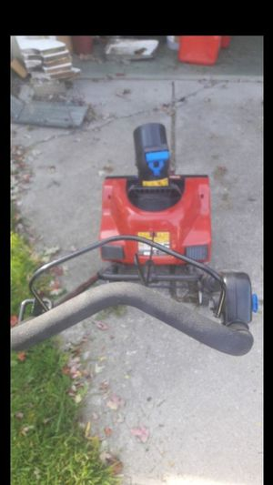 """Toro 1800 power curve Electric (18"""") for Sale in Roseville, MI"""