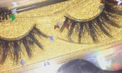 Lashes for Sale in Des Moines,  WA