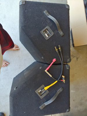 2- 15 inch Crate Pro Audio Speakers with 2 cords...160 $ OBO!! for Sale in Los Angeles, CA