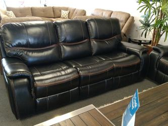 Black Leather Couches for Sale in Fresno,  CA