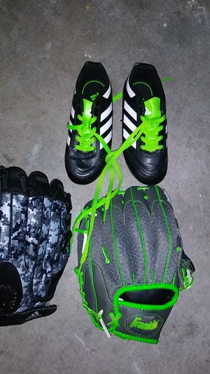Kids adidas baseball glove, Franklin glove and size 12 k adiddas cleats. for Sale in Fresno, CA