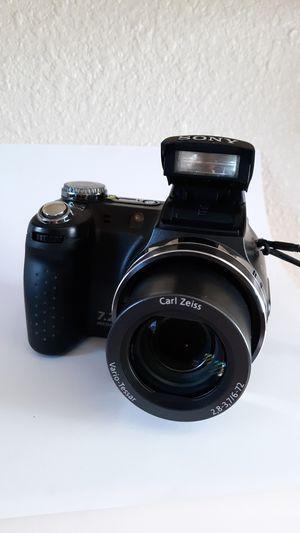 Sony Cyber-Shot DSC-H5 Zeiss lens digital camera for Sale in Prescott, AZ