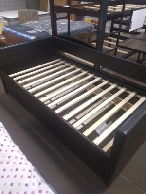 Day bed frame with Trundle for Sale in Peoria, AZ