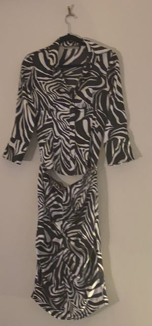 Zebra print shirt skirt - boutique for Sale in Forest Heights, MD