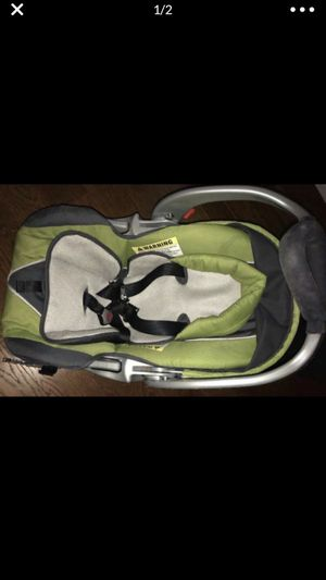 Car seat with base for Sale in Antioch, CA