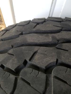 Juego de 4 neumáticos Nissan toyota for Sale in Grandview, WA