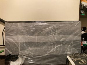 55 inch Samsung 4K smart tv with wall mount for Sale in Dolton, IL