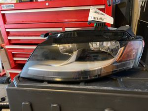 2009-2012 audi a4 headlight driver side for Sale in Federal Way, WA