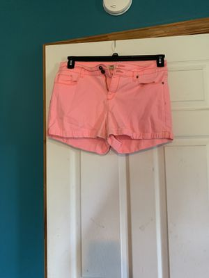 Hot pink womens shorts size seventeen for Sale in Mount Sidney, VA