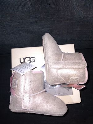 Baby UGG BOOTS ...SALE...CLEARANCE 6 TO 12 MONTHS for Sale in Long Beach, CA