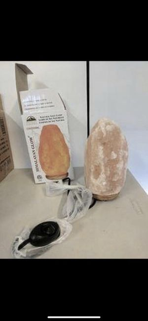 7.5 inch Himalayan Salt Lamp- New never used for Sale in Glendale, AZ