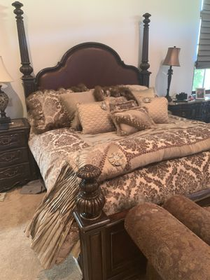 Incredible King Size Bed Frame with custom pillows and duvet cover for Sale in San Diego, CA