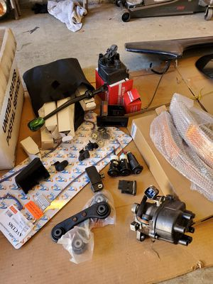 Honda/acura civic/integra parts NEED GONE for Sale in Artesia, CA