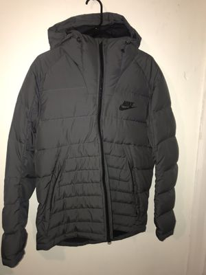 NIKE DOWN JACKET. SIZE LARGE MEN. BRAND NEW. $60 for Sale in Bronx, NY