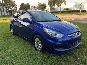 Hyundai Accent 2013 for Sale in Orlando, FL