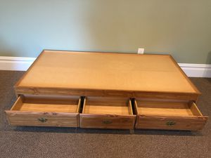Daybed/Twin Platform Bed for Sale in Jackson Township, NJ