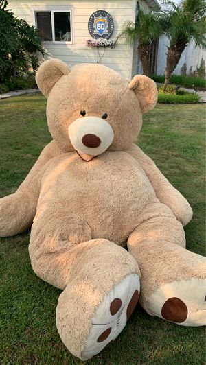 6ft GINORMOUS TEDDY BEAR for Sale in San Diego, CA