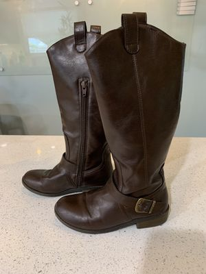 Girls Cat & Jack Brown Boots Size 2 for Sale in Orlando, FL