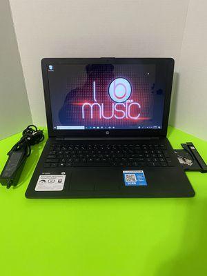 Like new Hp pavilion 15 Laptop ,Windows 10, webcam ,500GB HD, ,Microsoft office for Sale in Arlington, TX