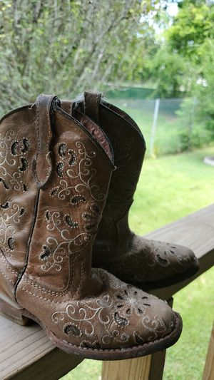 Girl cowboy boots for Sale in Houston, TX
