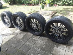 22in rim on 33s for Sale in Casselberry, FL