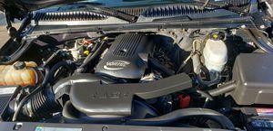 GMC Yukon 2005 v8 4x4 176 273 millas for Sale in Washington, DC