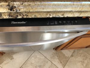 Thermador Dishwasher for Sale in LA CANADA FLT, CA
