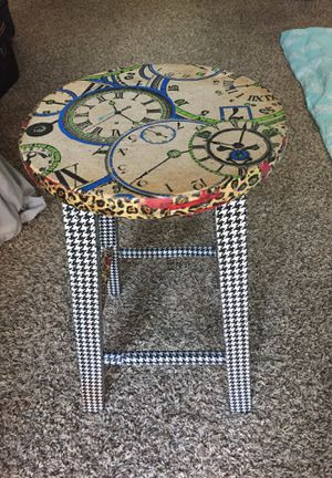 Small stool for Sale in Houston, TX