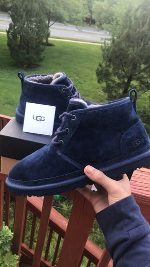 "Men's Ugg's Neumel ""Navy"" size 10 men's, 11.5 women's, putting for 130.00 but price is negotiable for Sale in Alexandria, VA"