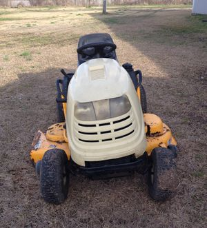 CUB CADET RIDING LAWN MOWER. BRAND NEW KICK STARTER. COURAGE 23hp. Drives very well. In a good condition. for Sale in Houston, TX