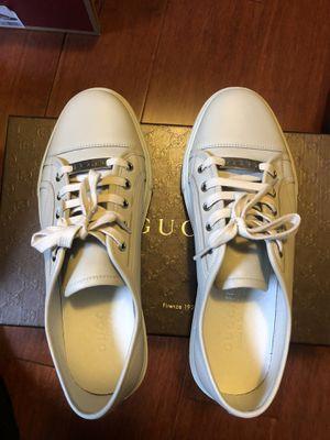 Men's Gucci Shoes Size 9 for Sale in Wheaton, IL
