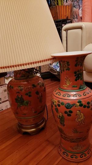 Chinese lamp for Sale in Bridgeport, CT