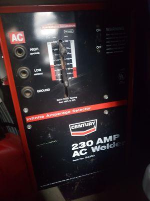 Century 230 amp ac welder for Sale in Sultan, WA