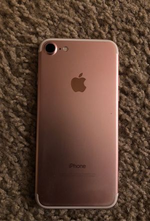 Rose gold iPhone 7 used for Sale in Eugene, OR
