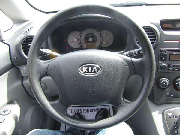 2007 Kia Rondo