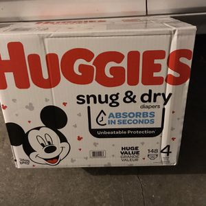 Huggies Snug & Dry Size 4 Diapers for Sale in Westminster, CA