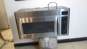 Cabinet microwave for Sale in Las Vegas, NV
