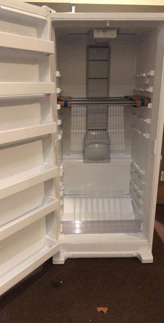 Whirlpool Freezer 🙈🍂✔️⚡️⏰🔥😀🙈🍂✔️⚡️⏰🔥😀🙈🍂✔️⚡️ Appliance Liquidation!!!!!!!! RKVG