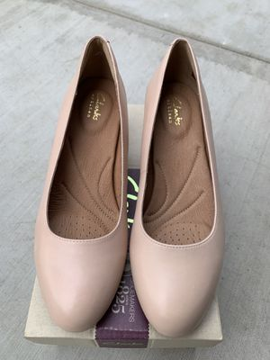 Brand New Nude Heels Size 6.5 for Sale in Pasadena, CA