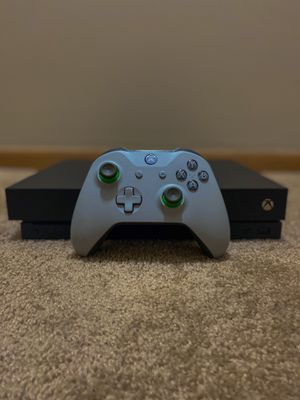 Microsoft Xbox One X 1TB Console With Wireless Controller - Black for Sale in Pickerington, OH