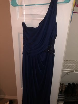 David's Bridal navy blue bridesmaid dress-size 12 for Sale in Tampa, FL