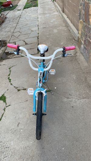 Schwinn girls bike for Sale in Fresno, CA