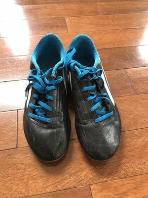 Soccer cleats size 6 for Sale in Alexandria, VA