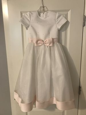 Flower girl's dress Size 8 for Sale in Oregon City, OR