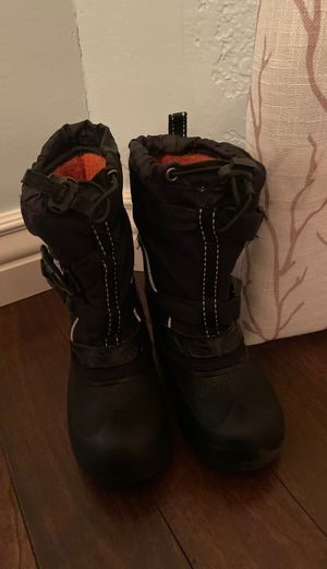 Kids snow boots size12 for Sale in Louisville, CO