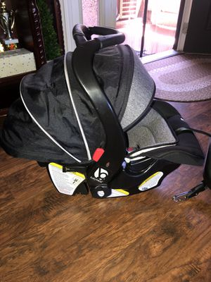 Baby Trend car seat for Sale in Fullerton, CA